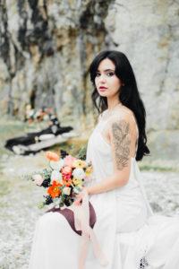 panna-mloda-z-tatuażem